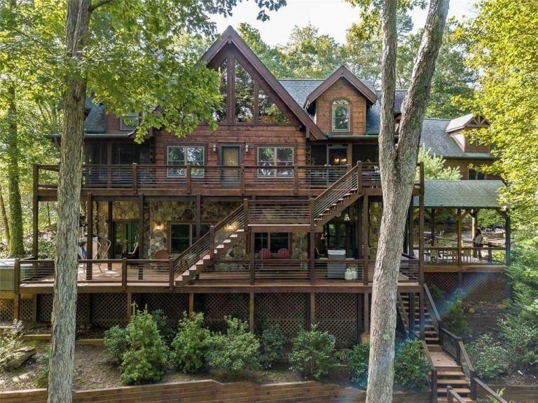 Atlanta Braves Legend Chipper Jones is Selling His Lake Blue Ridge Cabin